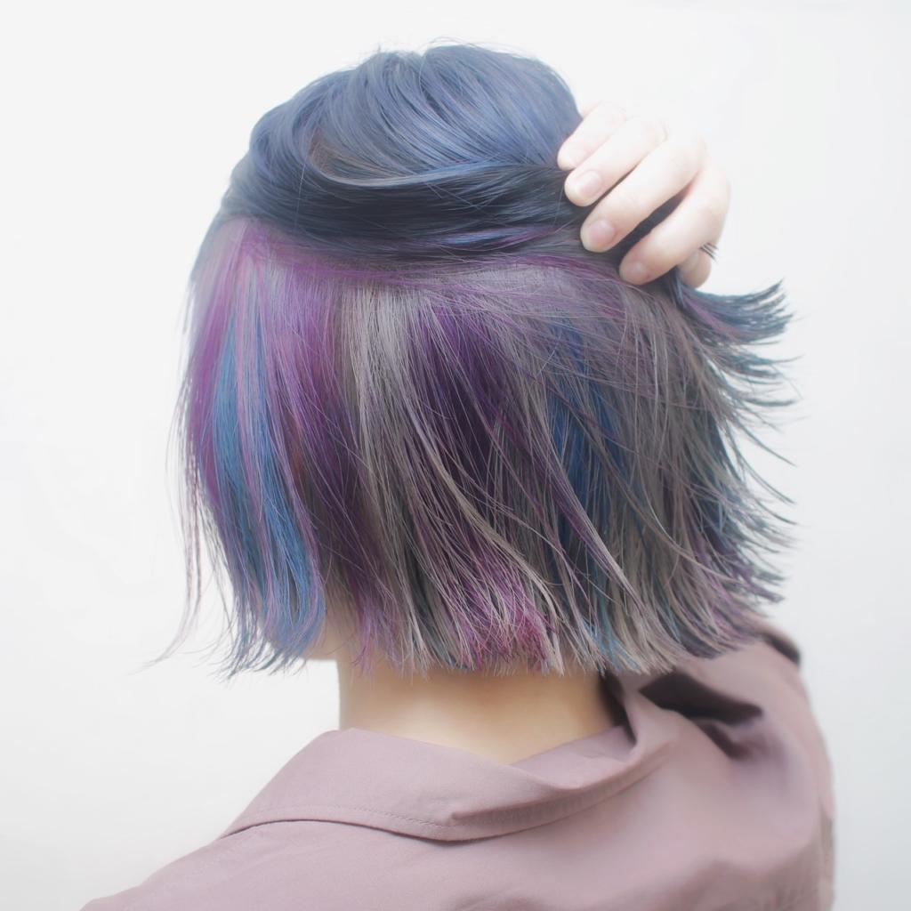 ヘアスタイル ヘアカラー インナーカラー 青 紫 シルバー ネイビー パープル ブルー