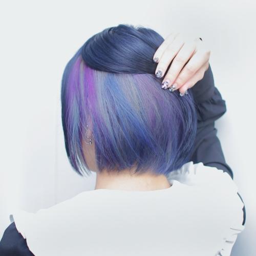 ヘアスタイル ヘアカラー インナーカラー 青 紫 ブルー カラフル シルバー ネイビー パープル