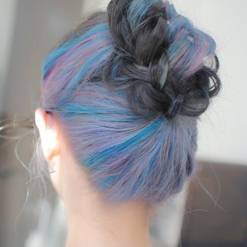 ヘアスタイル ヘアカラー インナーカラー 黒髪 青 紫 ブルー シルバー ターコイズ パープル