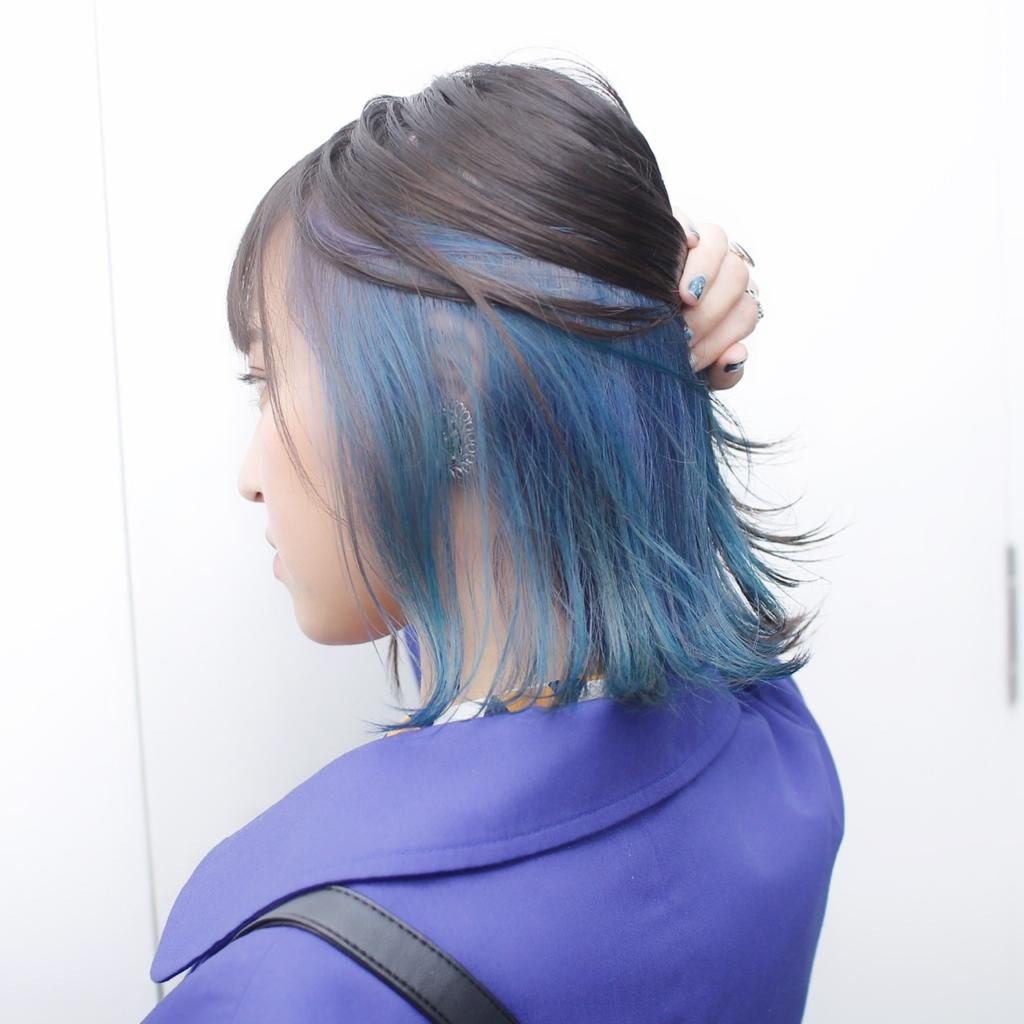 ヘアスタイル ヘアカラー インナーカラー 青 カラフル ターコイズ ブラウン ブルー