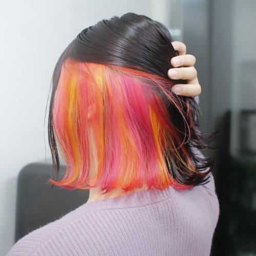 ヘアスタイル ヘアカラー インナーカラー 黄色 イエロー オレンジ ピンク